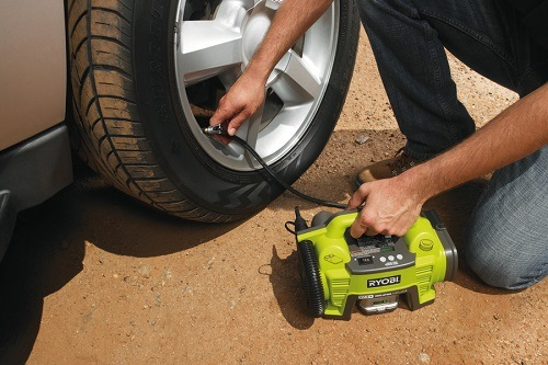Pumping Tire With Cordless Inflator